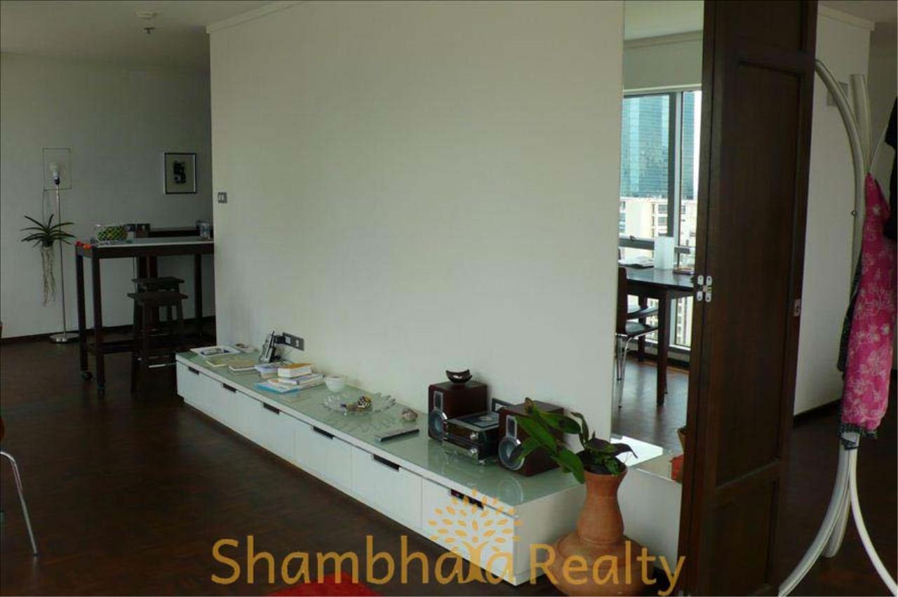Shambhala Realty Agency's Silom Suite Condominium for Rent in Soi Sathorn 10, Surasak 2