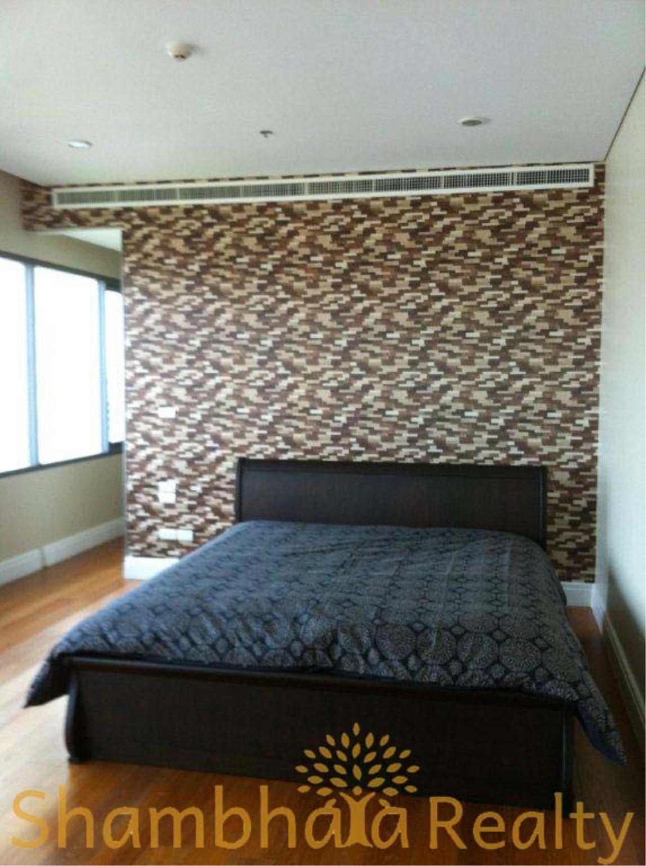 Shambhala Realty Agency's Bright Sukhumvit 24 Condominium for Rent in Sukhumvit 24 9