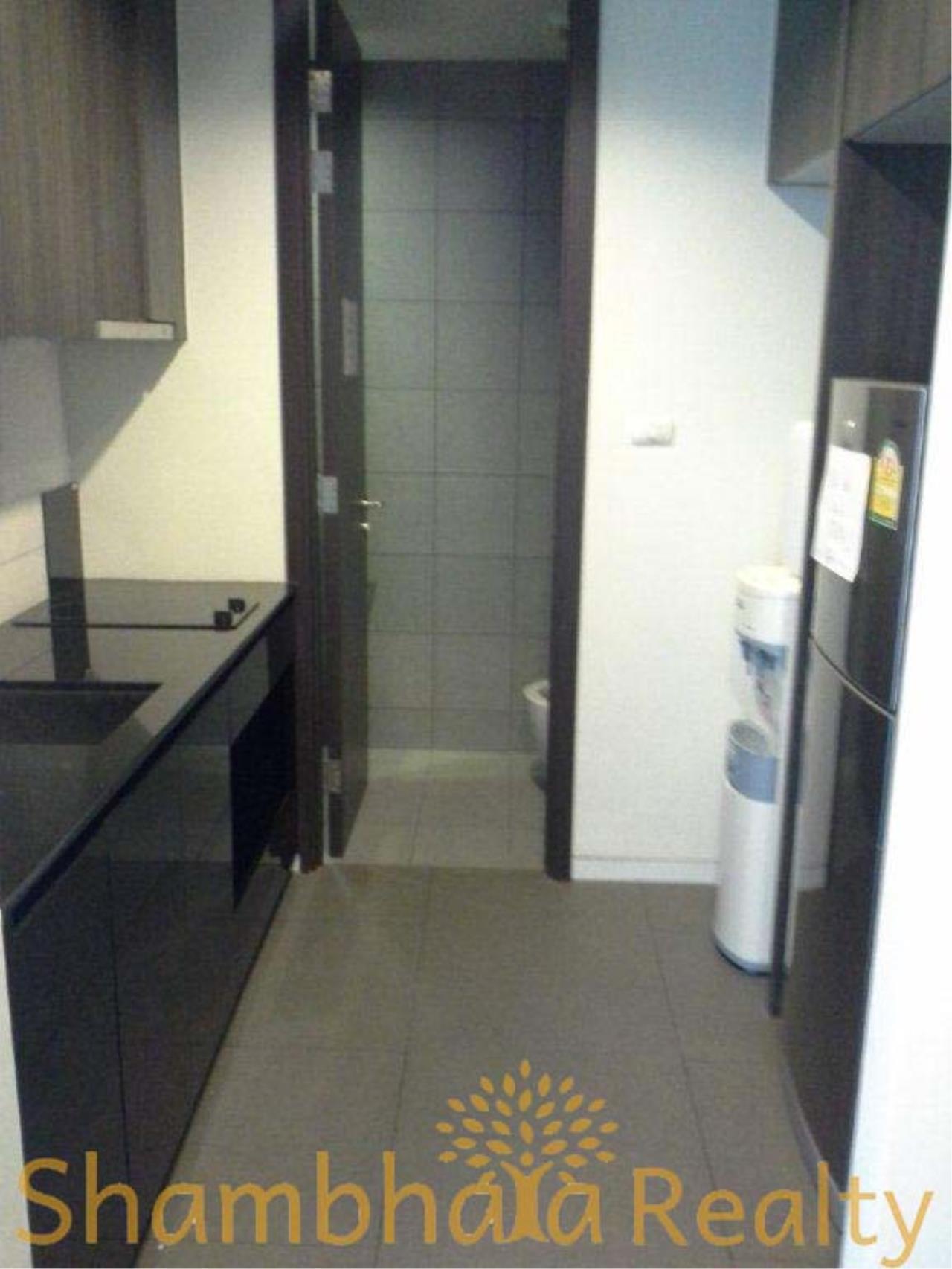 Shambhala Realty Agency's Siamese Ratchakru  Condominium for Rent in Aree 5