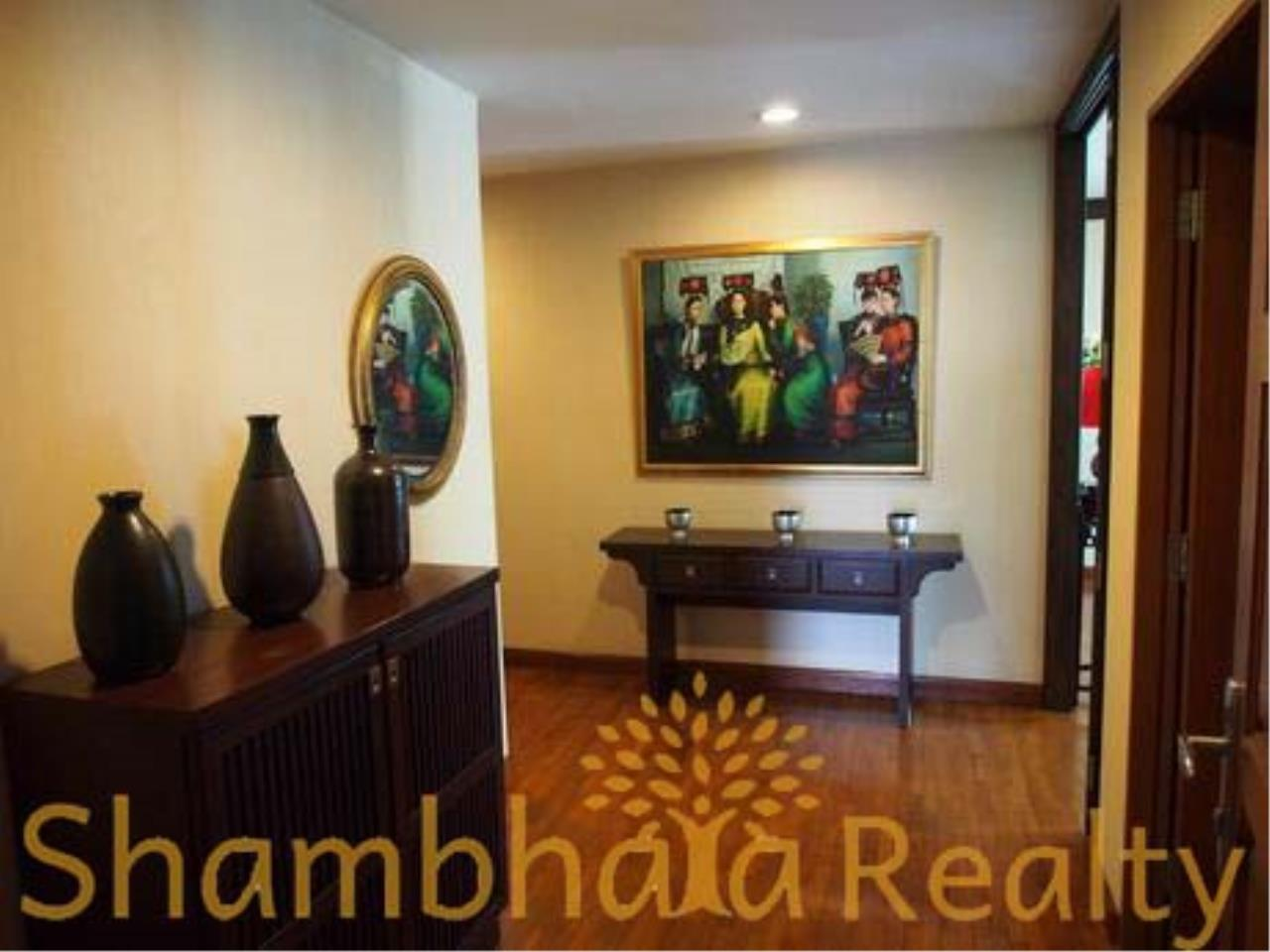 Shambhala Realty Agency's Baan Na Varang Condominium for Rent in Langsuan 41 5