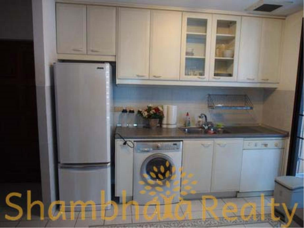 Shambhala Realty Agency's Baan Na Varang Condominium for Rent in Langsuan 41 2