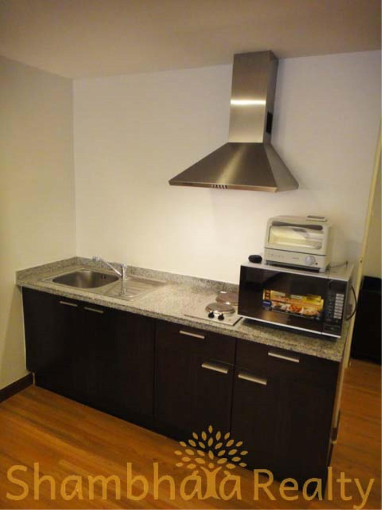 Shambhala Realty Agency's Trendy condo Condominium for Rent in Sukhumvit 13 4