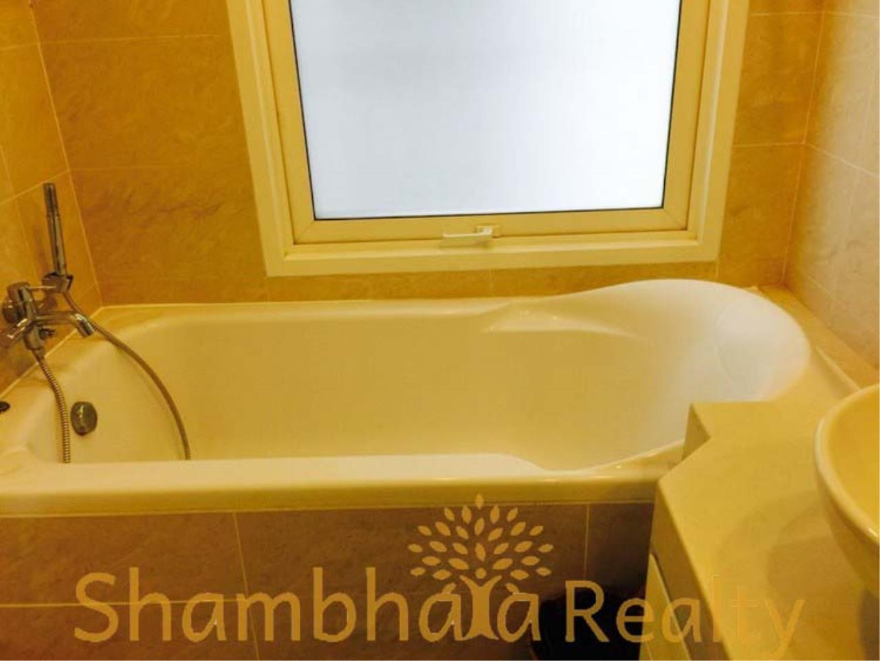 Shambhala Realty Agency's Baan Siri 24 Condominium for Rent in Suhkumvit 24 4