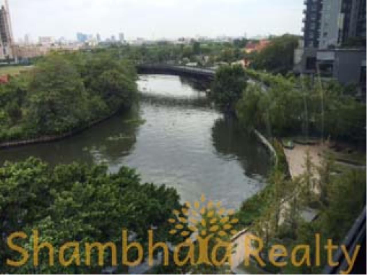 Shambhala Realty Agency's Blocs 77 by Sansiri Condominium for Sale in Sukhumvit 77 2