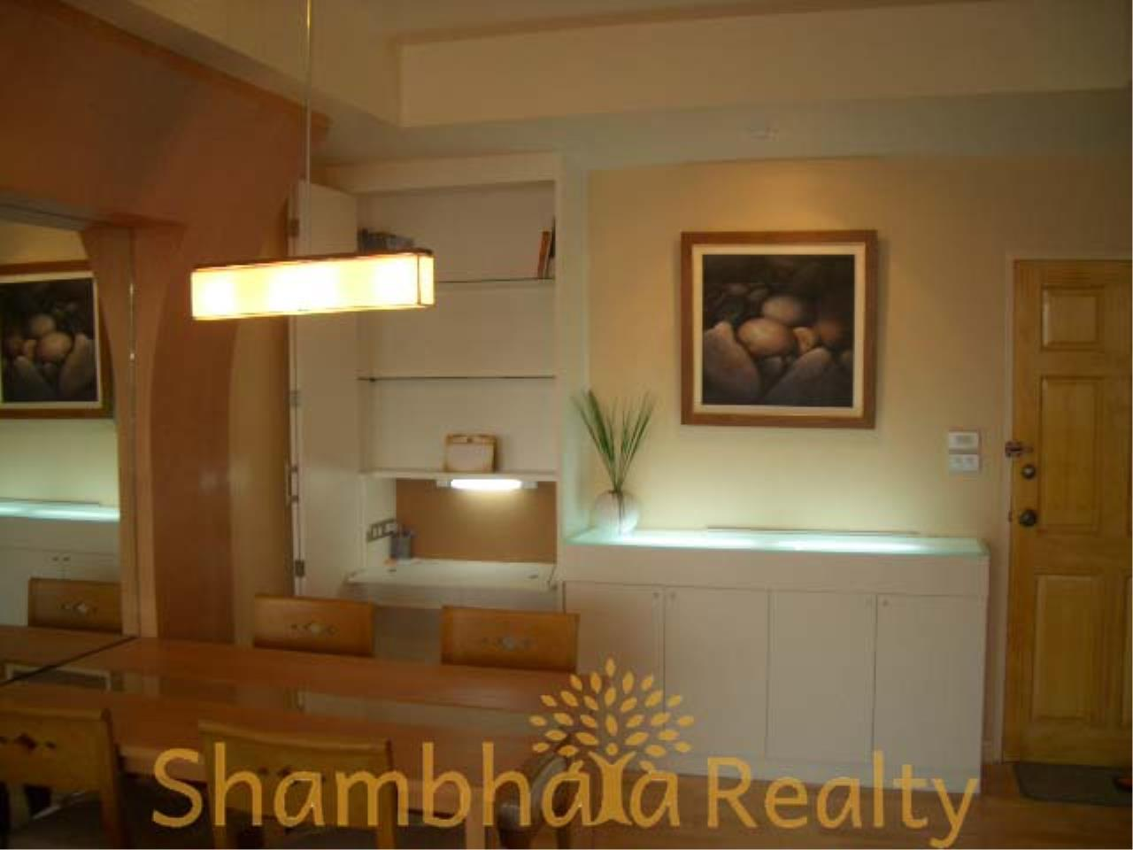 Shambhala Realty Agency's Monterey Place Condominium for Sale/Rent in Sukhumvit 16 3