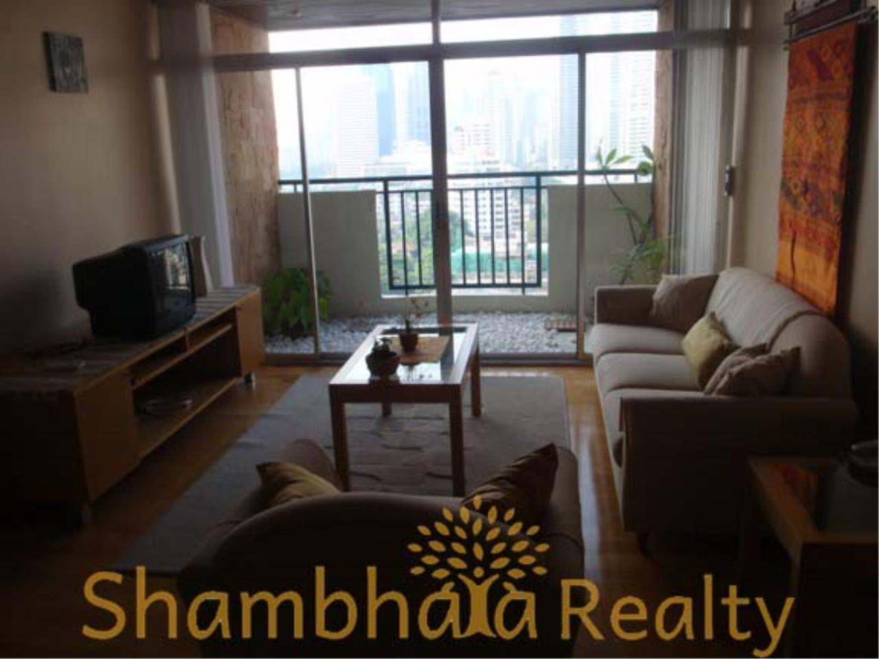 Shambhala Realty Agency's Monterey Place Condominium for Sale/Rent in Sukhumvit 16 4