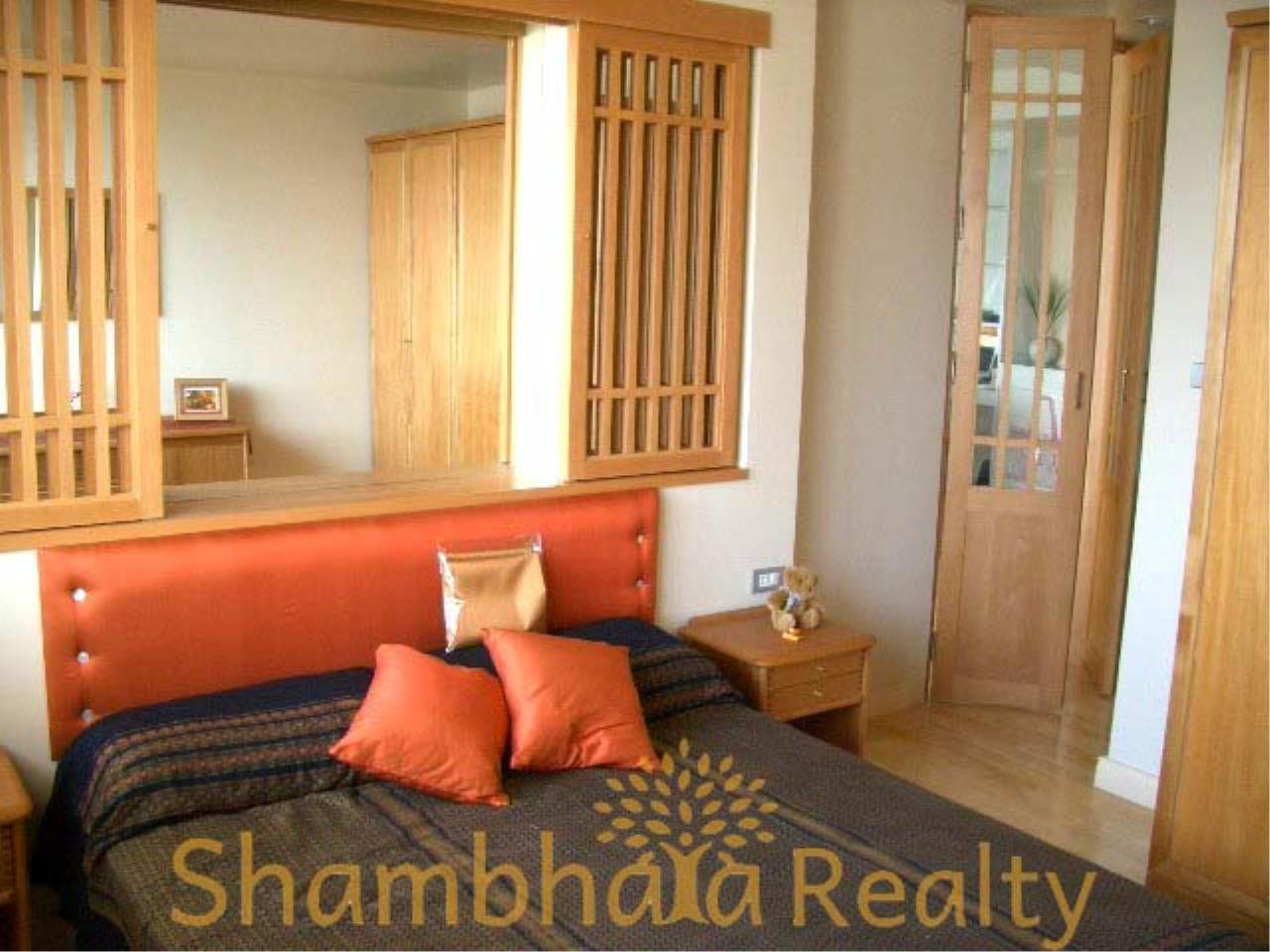 Shambhala Realty Agency's Monterey Place Condominium for Sale/Rent in Sukhumvit 16 5