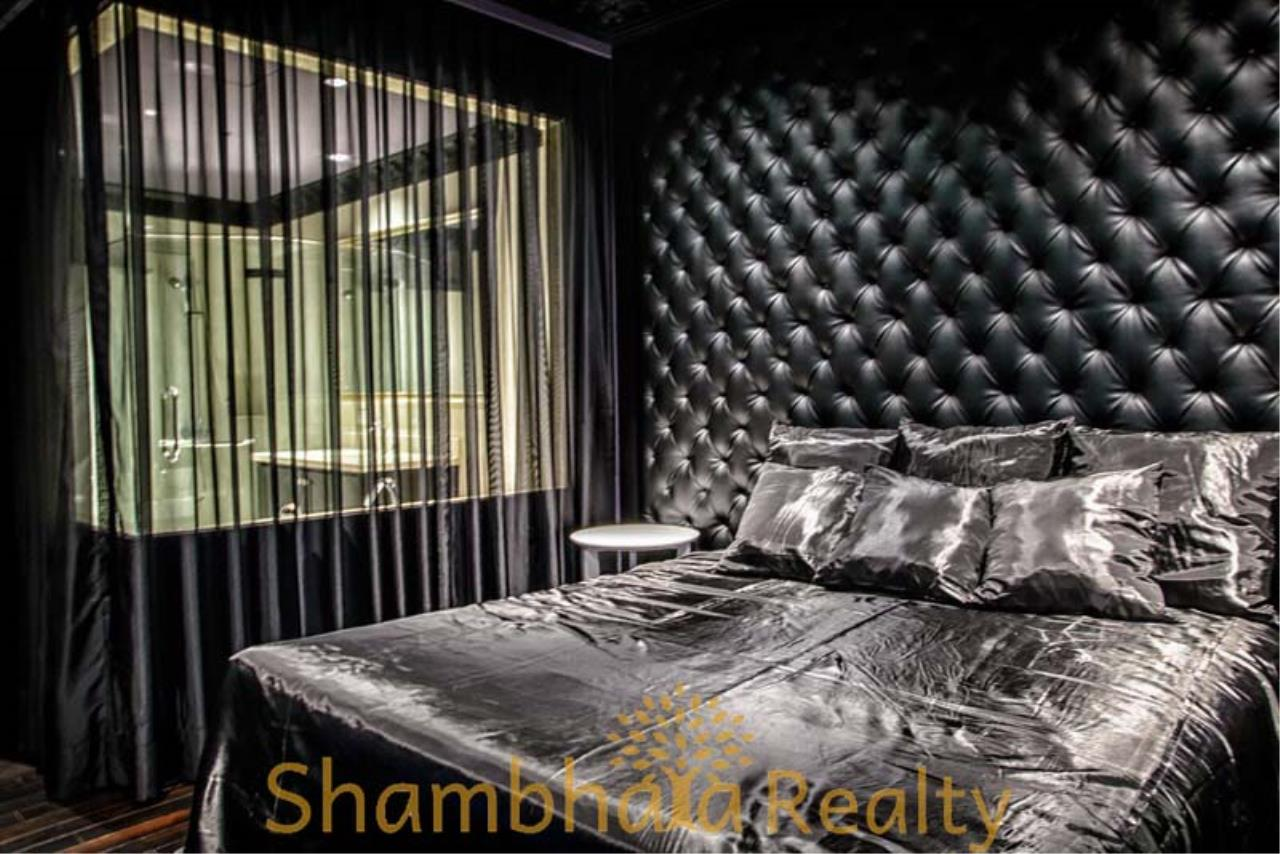 Shambhala Realty Agency's The Emporio Place  Condominium for Rent in Sukhumvit 24 10