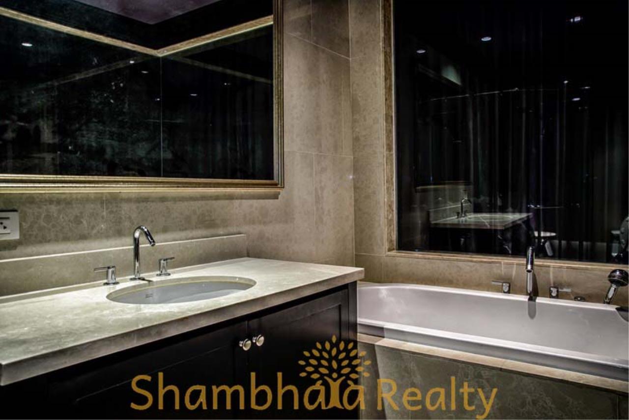 Shambhala Realty Agency's The Emporio Place  Condominium for Rent in Sukhumvit 24 5