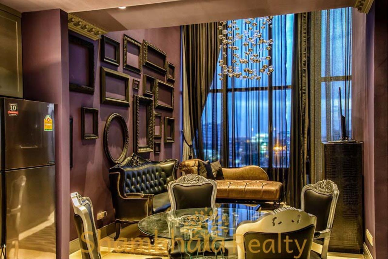Shambhala Realty Agency's The Emporio Place  Condominium for Rent in Sukhumvit 24 6