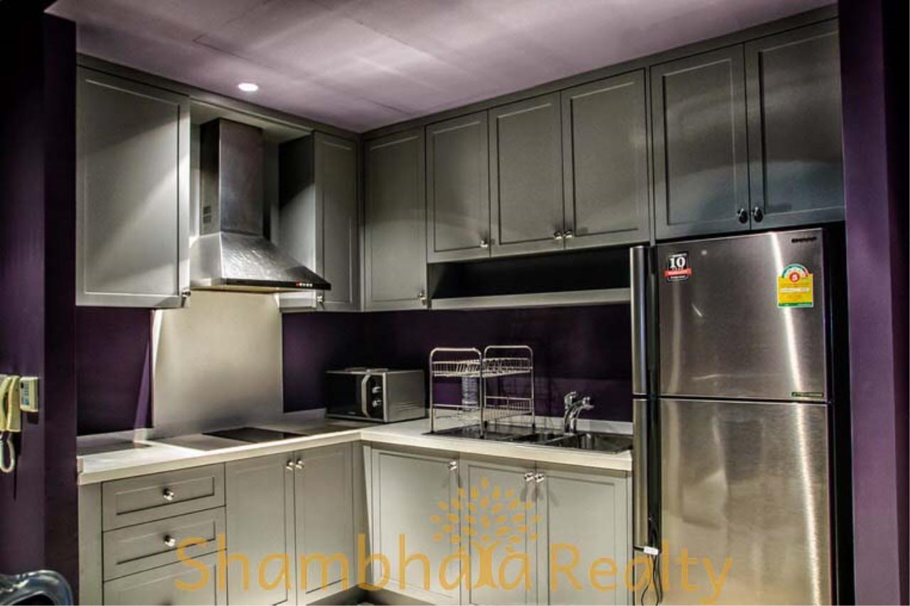Shambhala Realty Agency's The Emporio Place  Condominium for Rent in Sukhumvit 24 13