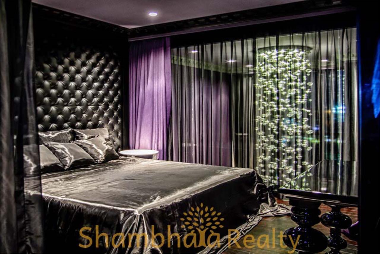 Shambhala Realty Agency's The Emporio Place  Condominium for Rent in Sukhumvit 24 4