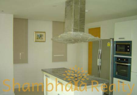 Shambhala Realty Agency's Fullerton Condo For Rent Sukhumvit 61 4