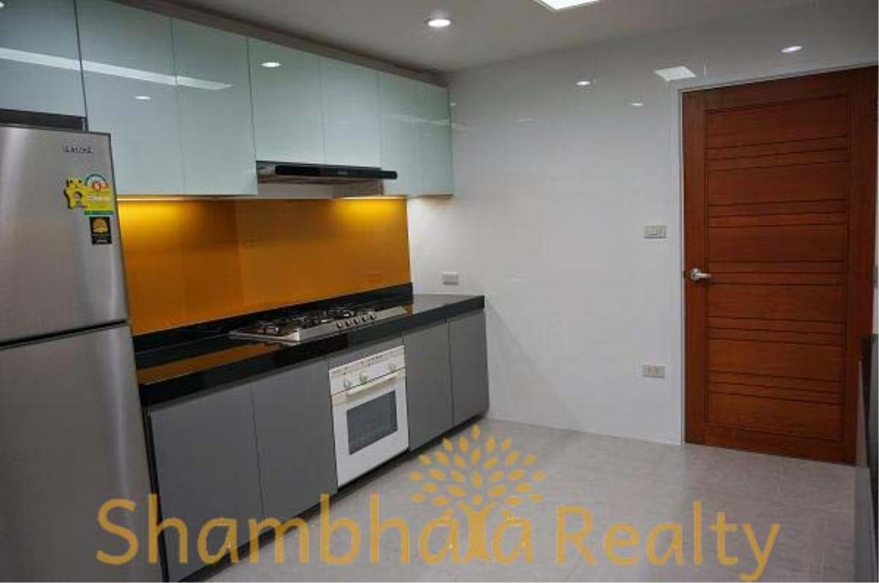 Shambhala Realty Agency's Habitat Condo Condominium for Rent in Sukhumvit 53 5