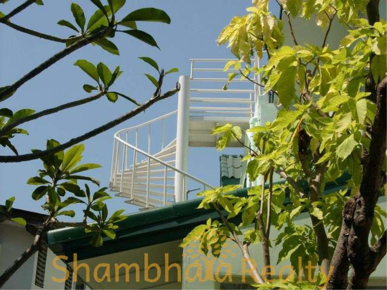 Shambhala Realty Agency's House for rent at Sukhumvit 36 Condominium for Rent in Sukhumvit 36 7