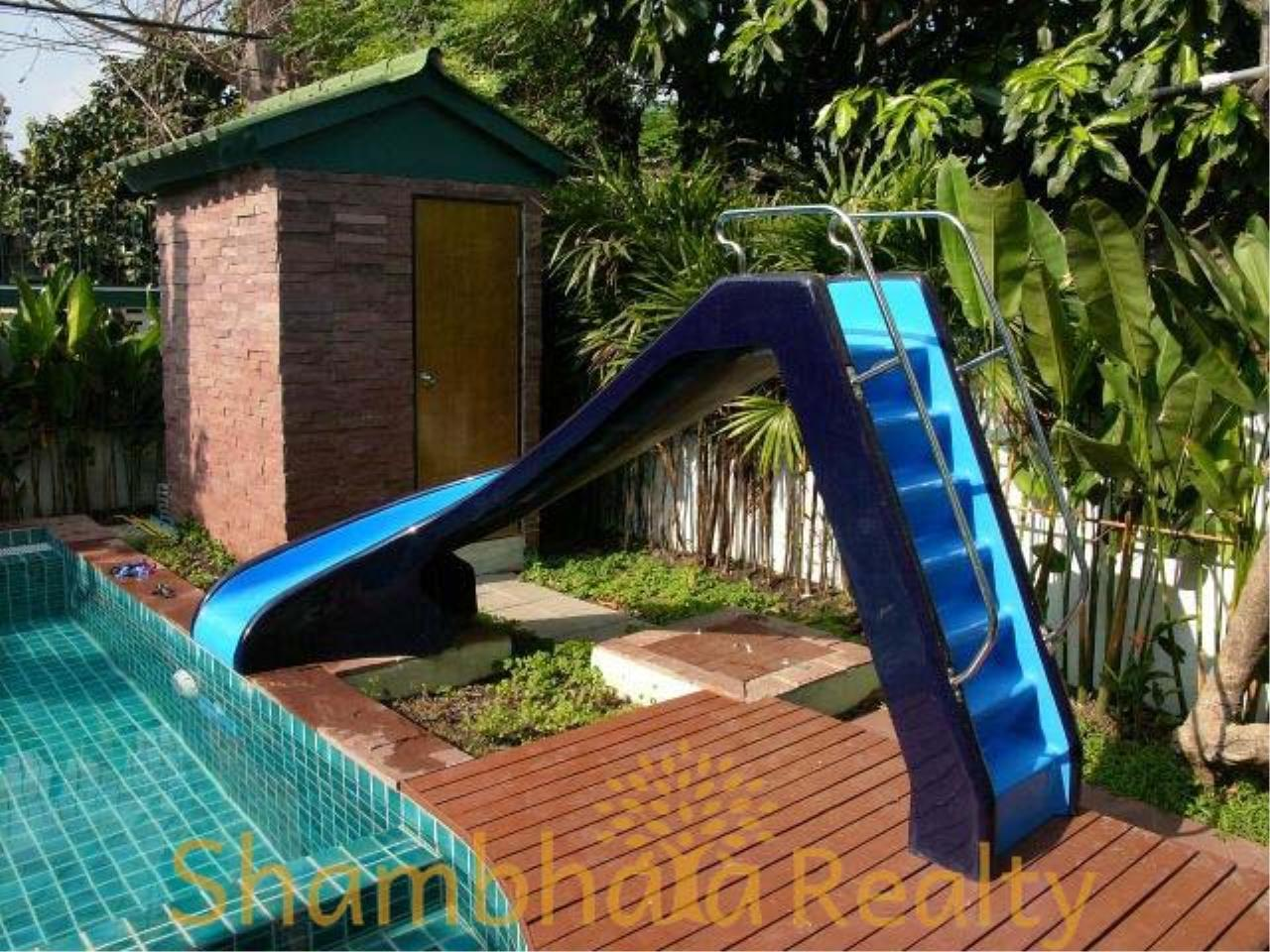 Shambhala Realty Agency's House for rent at Sukhumvit 36 Condominium for Rent in Sukhumvit 36 5