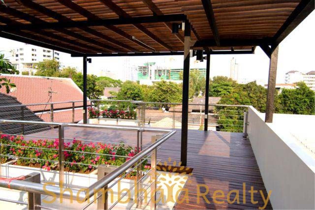 Shambhala Realty Agency's House for rent at Sukhumvit 34 Condominium for Rent in Sukhumvit 34 9