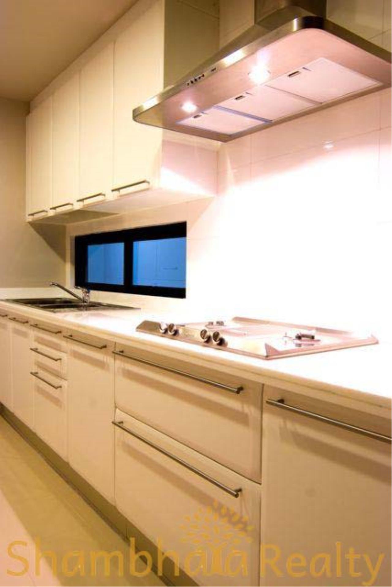 Shambhala Realty Agency's House for rent at Sukhumvit 34 Condominium for Rent in Sukhumvit 34 3