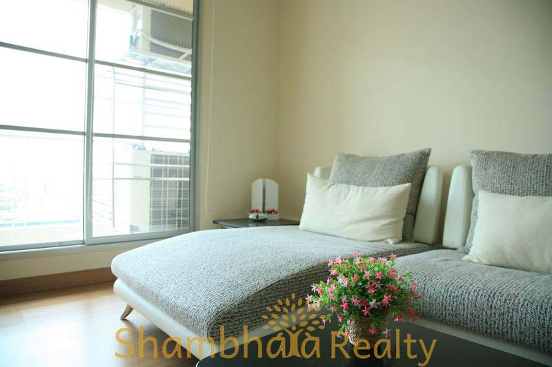 Shambhala Realty Agency's Baan Klang Krung Siam For Rent 2