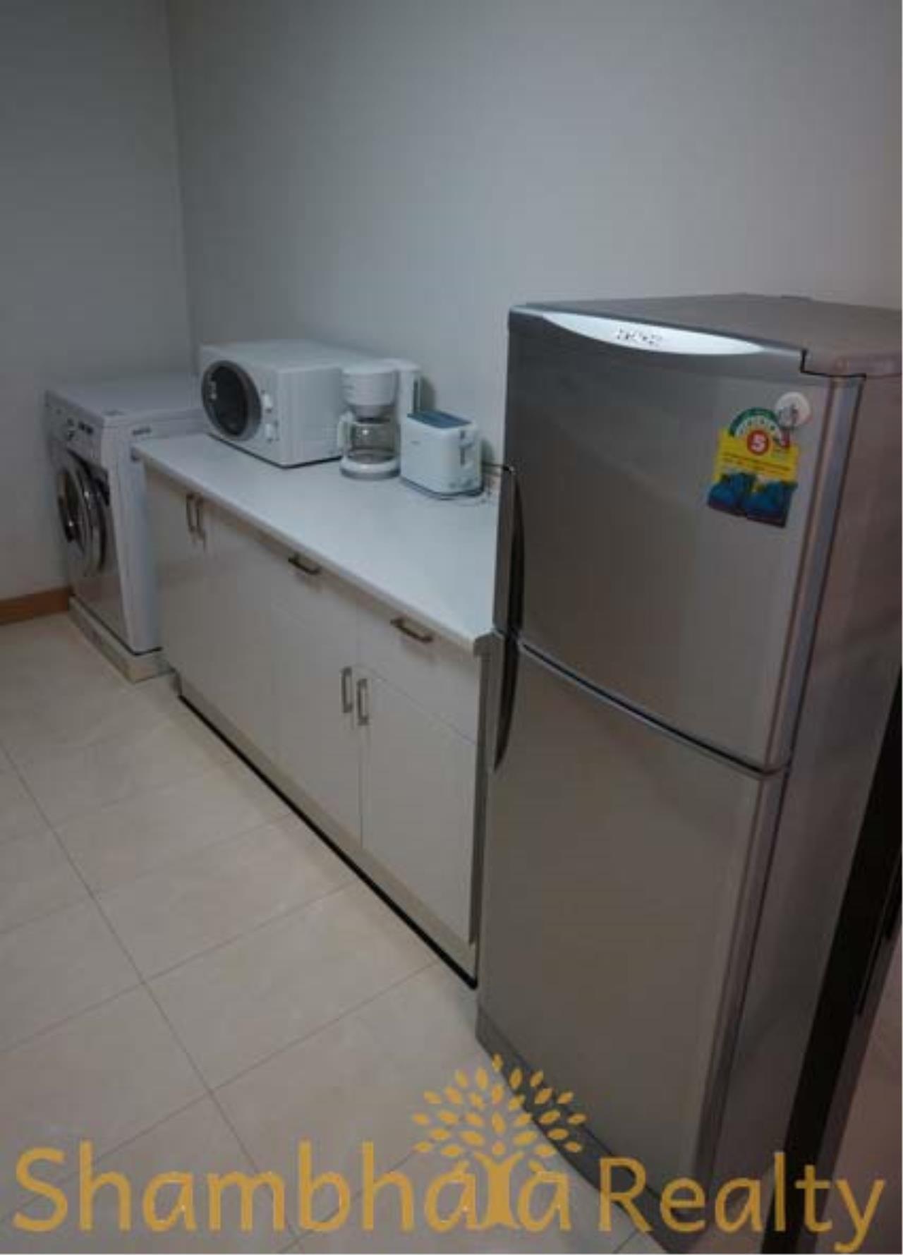 Shambhala Realty Agency's Serene Place Sukhumvit 24 Condominium for Rent in Sukhumvit 24 1