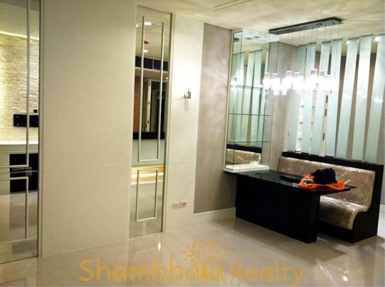 Shambhala Realty Agency's Aguston Sukhumvit 22 Condominium for Rent in Sukhumvit 22 6