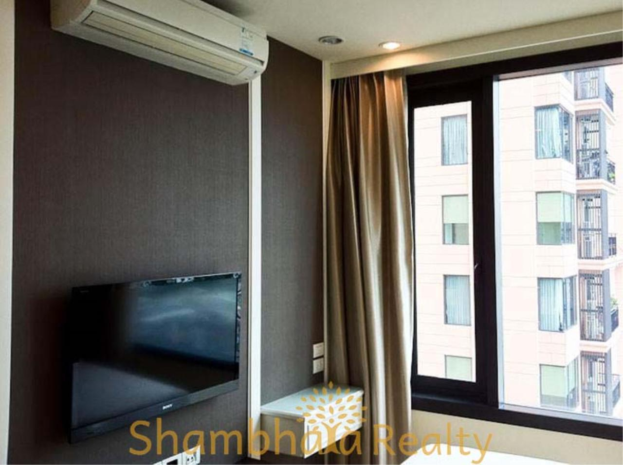 Shambhala Realty Agency's Aguston Sukhumvit 22 Condominium for Rent in Sukhumvit 22 4