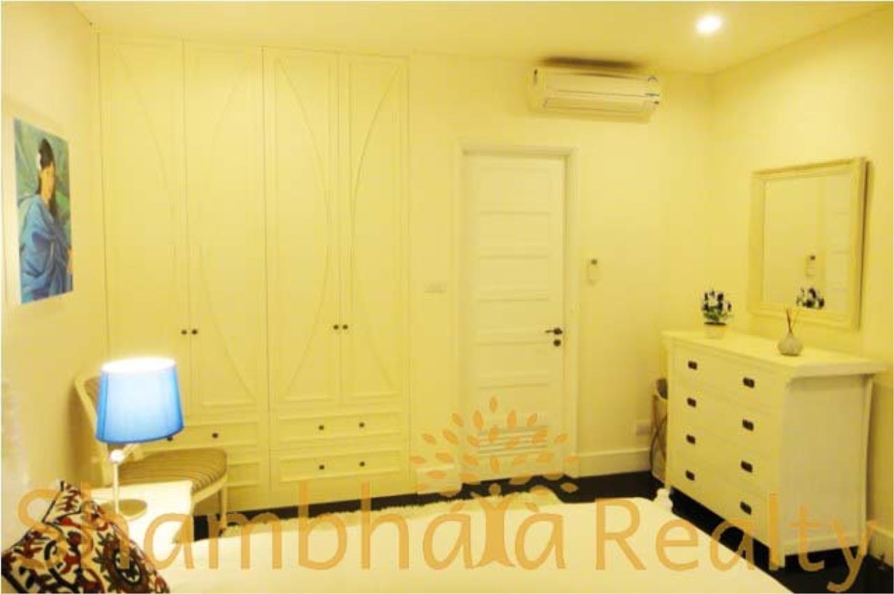 Shambhala Realty Agency's Aguston Sukhumvit 22 Condominium for Rent in Sukhumvit 22 4