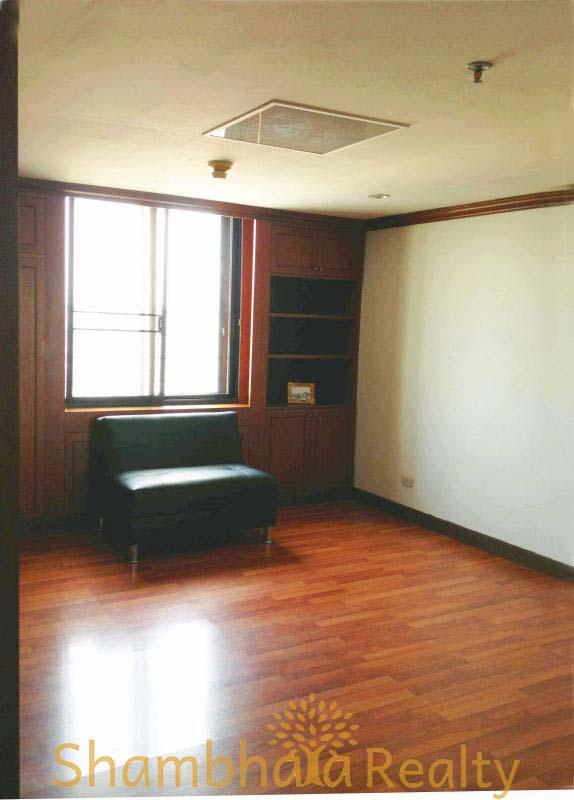 Shambhala Realty Agency's Las Colinas For Rent 6