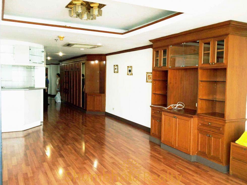Shambhala Realty Agency's Las Colinas For Rent 7