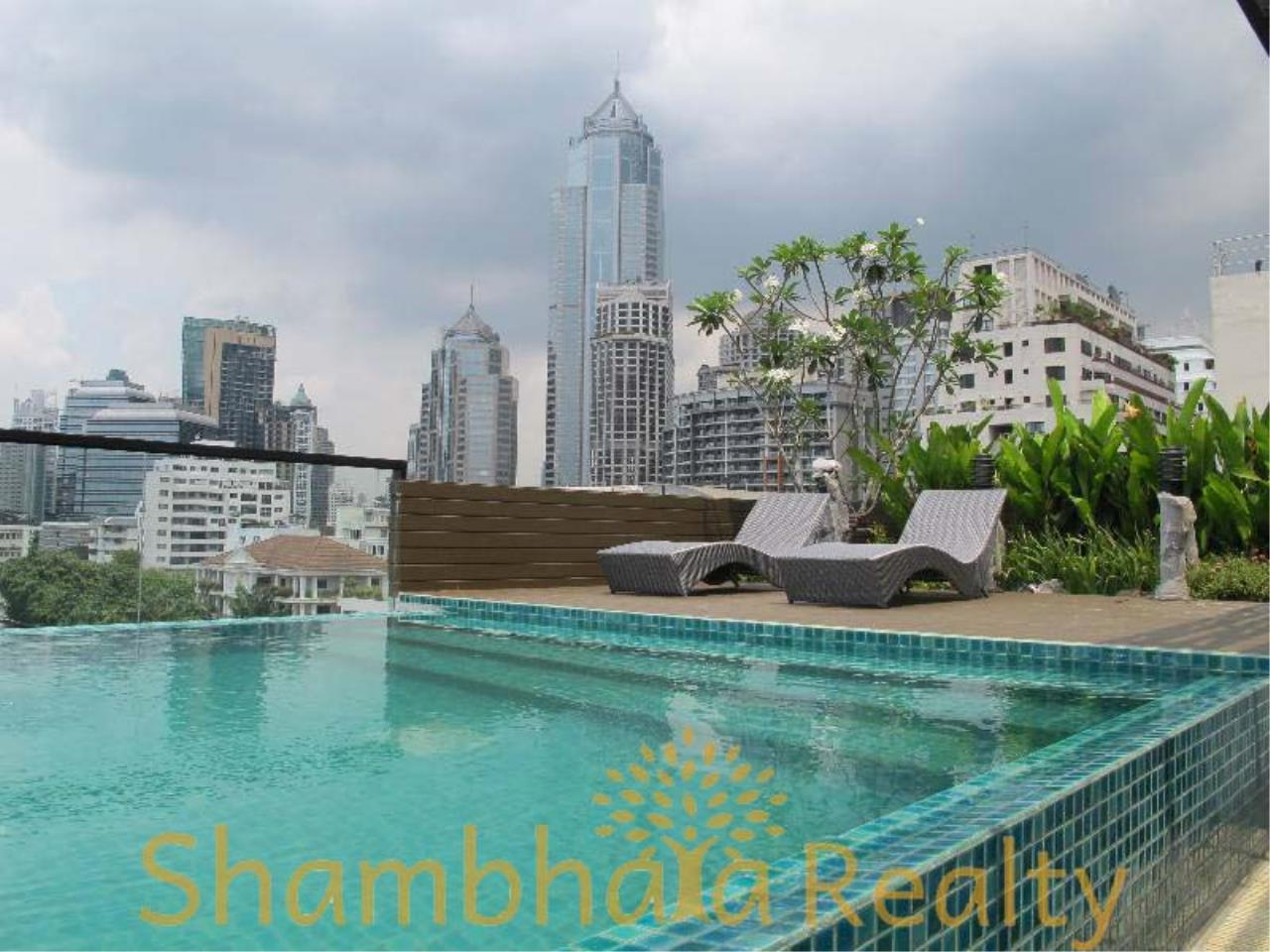 Shambhala Realty Agency's Socio Ruamrudee Condominium for Rent in Ruamrudee 2 1