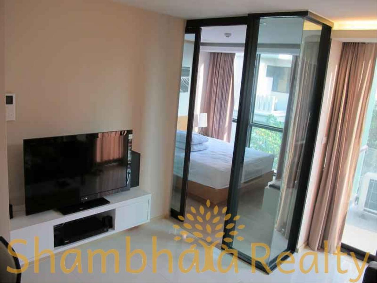 Shambhala Realty Agency's Socio Ruamrudee Condominium for Rent in Ruamrudee 2 4