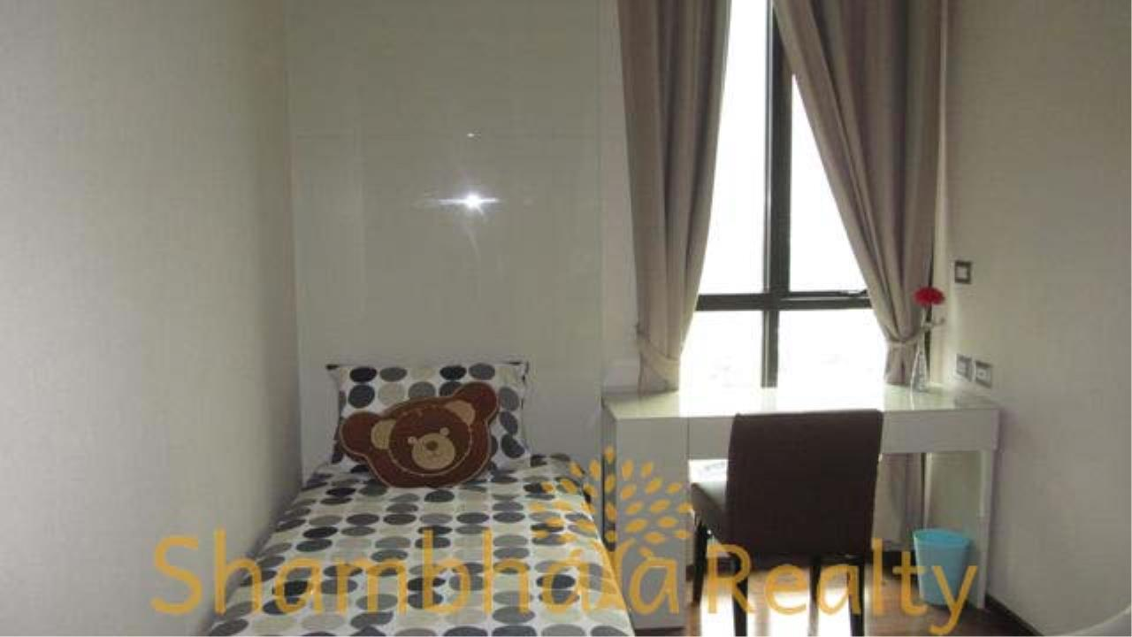 Shambhala Realty Agency's The Address 28 Condominium for Rent in Sukhumvit 28 9