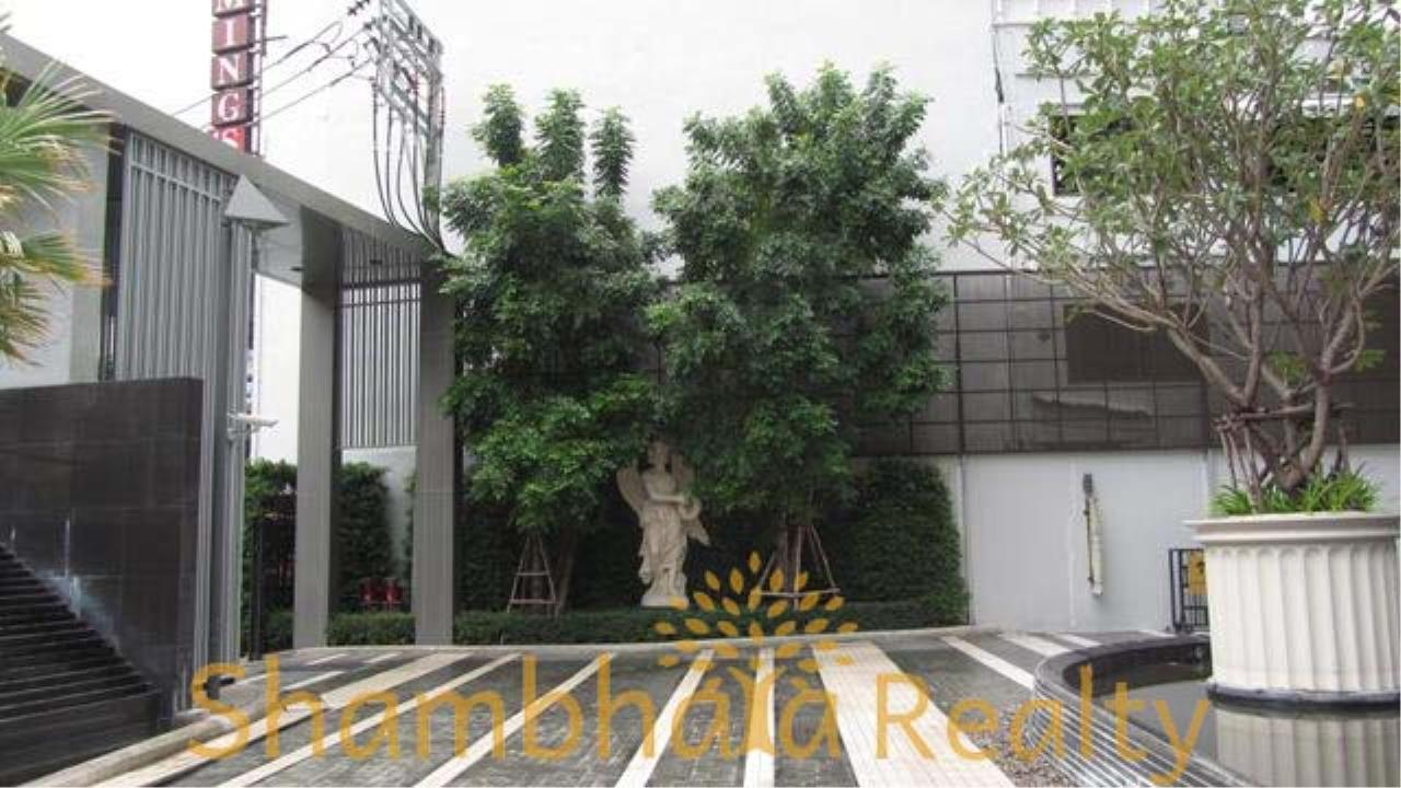 Shambhala Realty Agency's The Address 28 Condominium for Rent in Sukhumvit 28 3