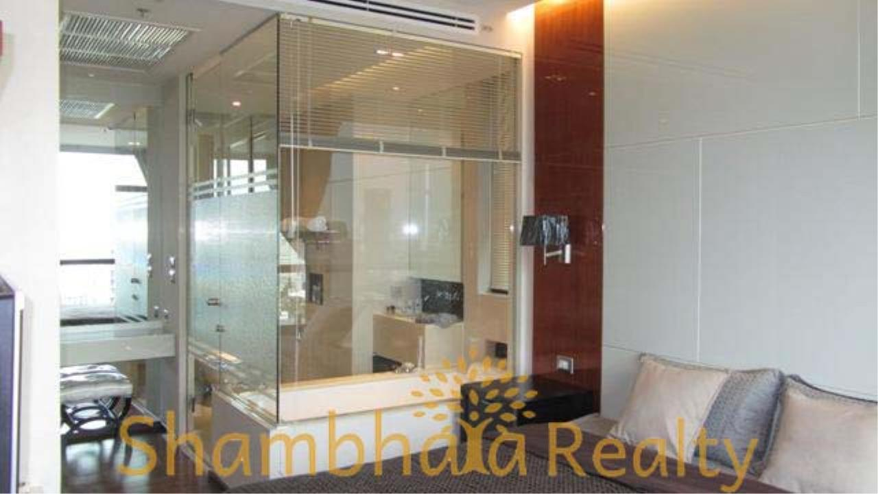 Shambhala Realty Agency's The Address 28 Condominium for Rent in Sukhumvit 28 11