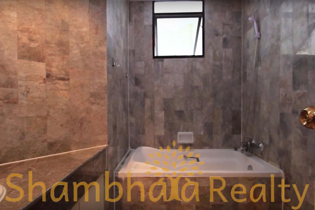 Shambhala Realty Agency's Trinity Complex Condominium for Rent in Silom 7 8