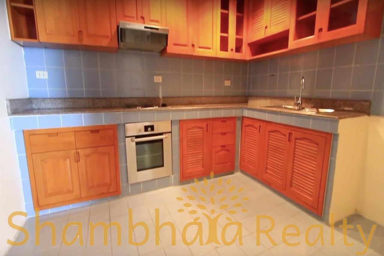 Shambhala Realty Agency's Trinity Complex Condominium for Rent in Silom 7 7