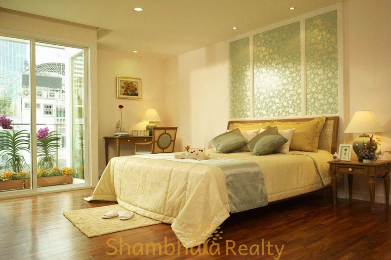 Shambhala Realty Agency's Baan Pipat Condominium for Rent in Silom 3 4
