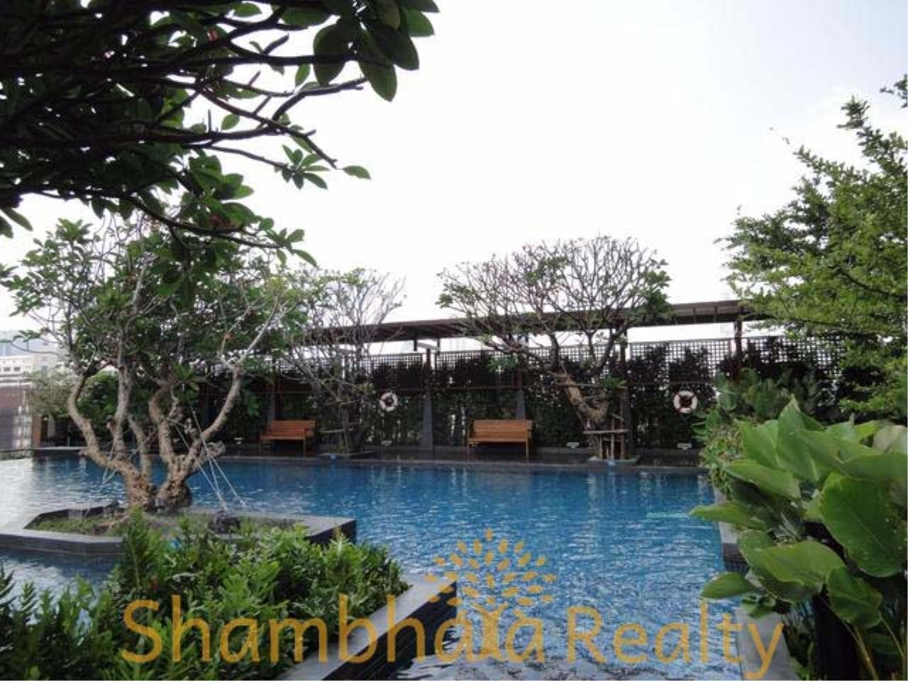 Shambhala Realty Agency's Circle 1 Condominium for Sale in Petchburi 36 8