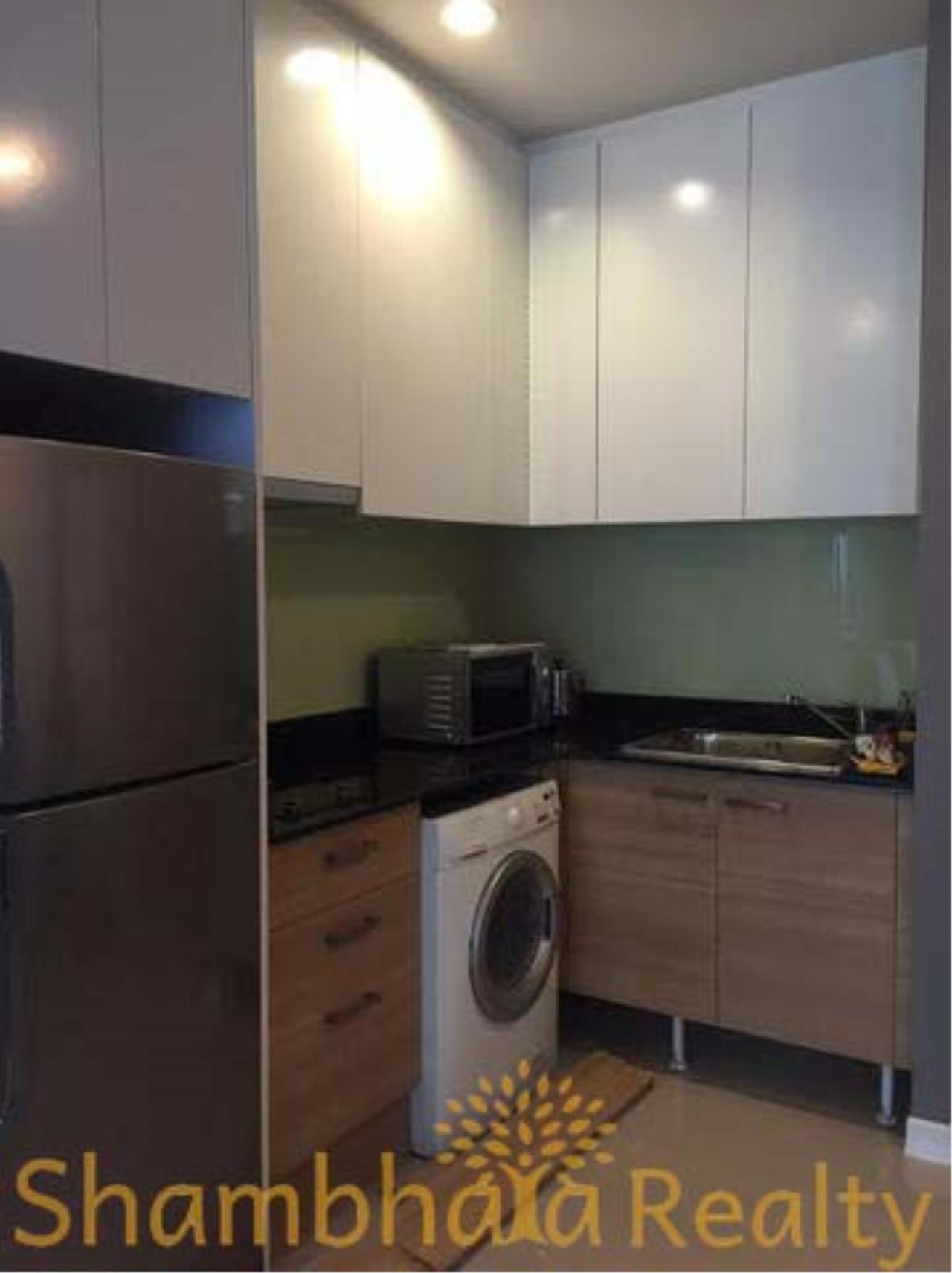 Shambhala Realty Agency's Circle 1 Condominium for Sale in Petchburi 36 2