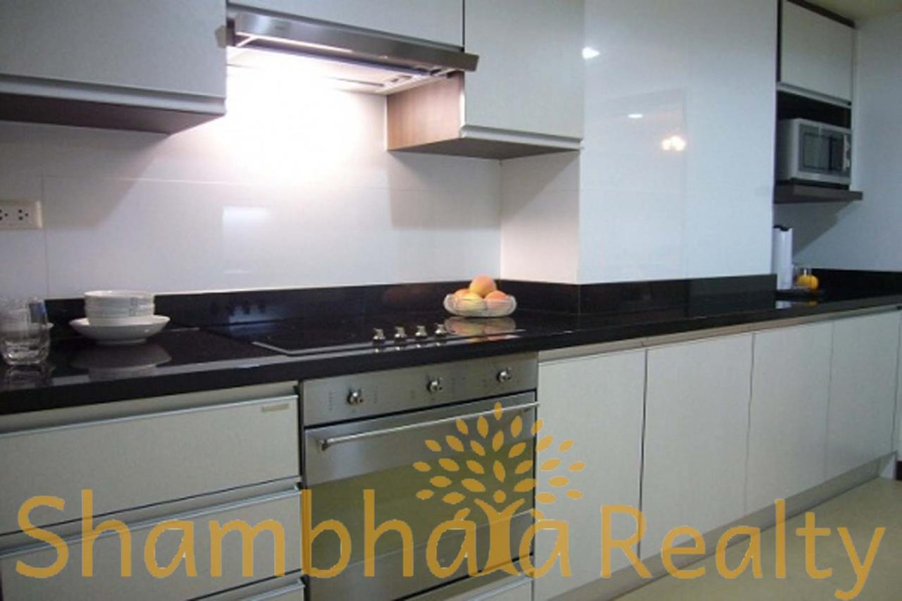 Shambhala Realty Agency's Baan Sukhumvit 14 Condominium for Rent in Sukhumvit 14 2