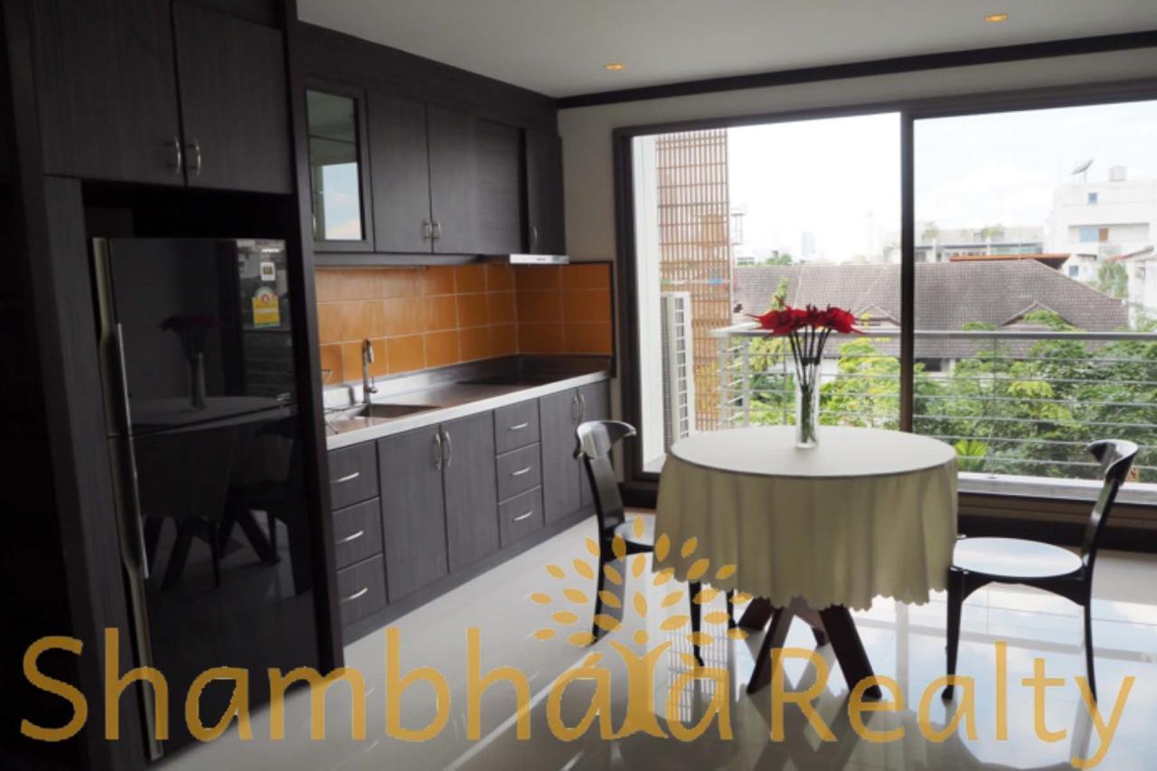 Shambhala Realty Agency's PR COURT Condominium for Rent in Sukhumvit 49 4