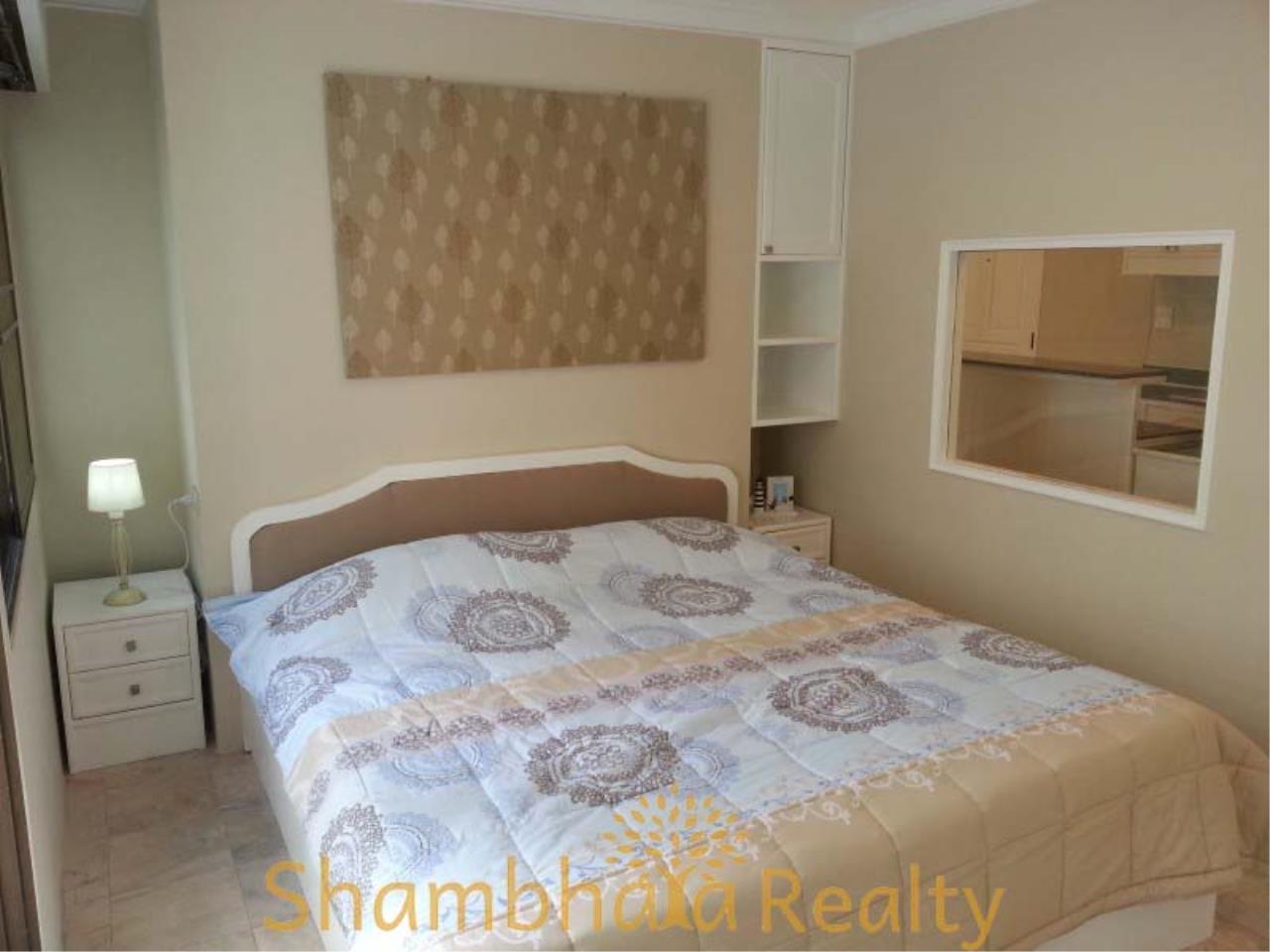 Shambhala Realty Agency's Saranjai Mansion Condominium for Rent in Sukhumvit Soi 4 (Nana) 5