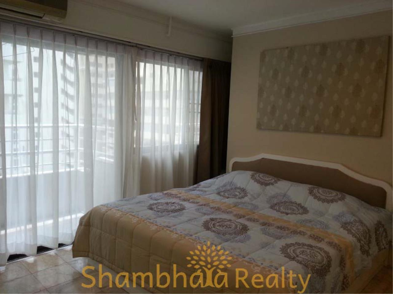 Shambhala Realty Agency's Saranjai Mansion Condominium for Rent in Sukhumvit Soi 4 (Nana) 15