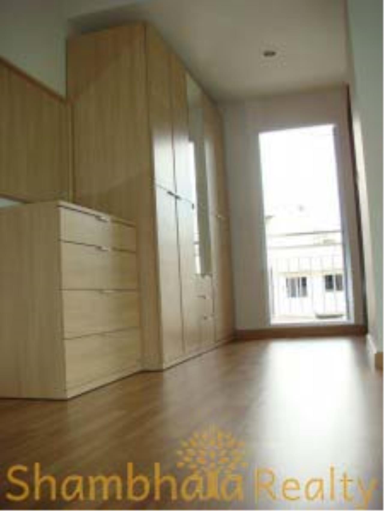 Shambhala Realty Agency's YO Mansion Condominium for Rent in Sukhumvit 16 1