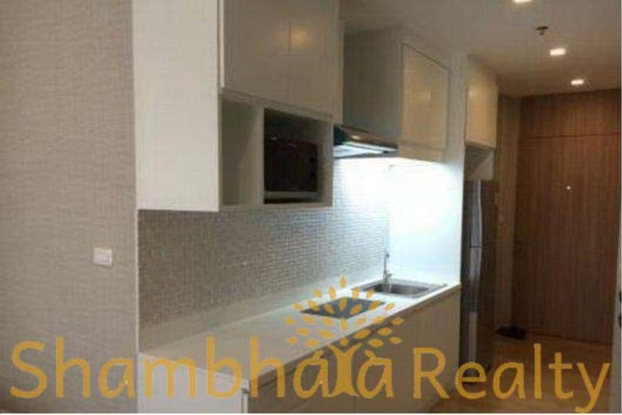 Shambhala Realty Agency's Noble Revent Condominium for Rent in Phayathai 2