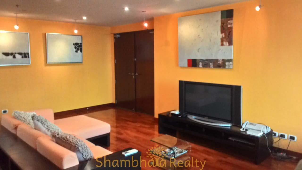 Shambhala Realty Agency's Urbana Langsuan Condominium for Rent in Langsuan 6
