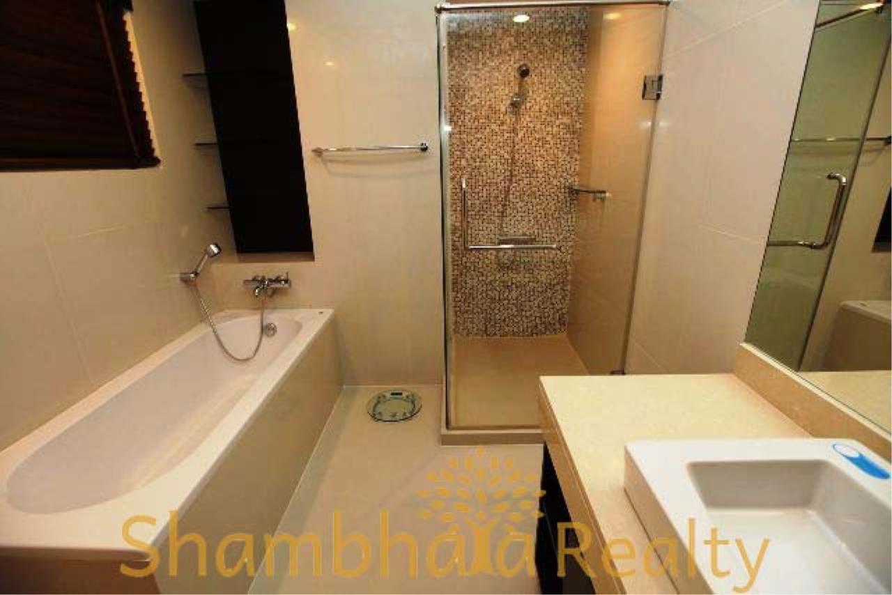 Shambhala Realty Agency's The Rajdamri Condominium for Rent in MahadlekLung 2 2