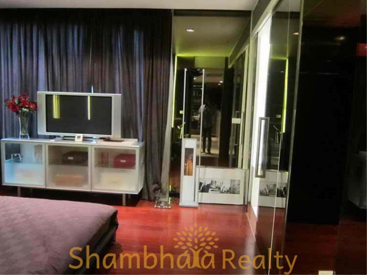 Shambhala Realty Agency's Manhattan Chitlom Condominium for Sale/Rent in Patunam 3