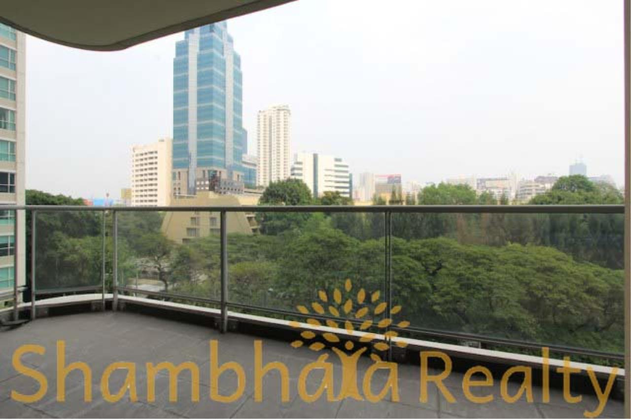 Shambhala Realty Agency's The Park Chitlom Condominium for Rent in Somkid ( Soi Central Chitlom ) 4