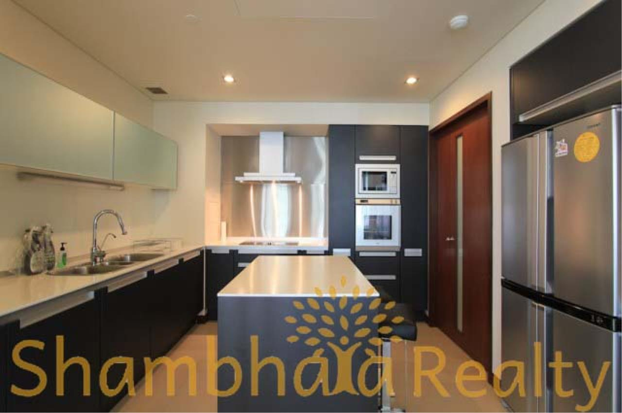 Shambhala Realty Agency's The Park Chitlom Condominium for Rent in Somkid ( Soi Central Chitlom ) 5